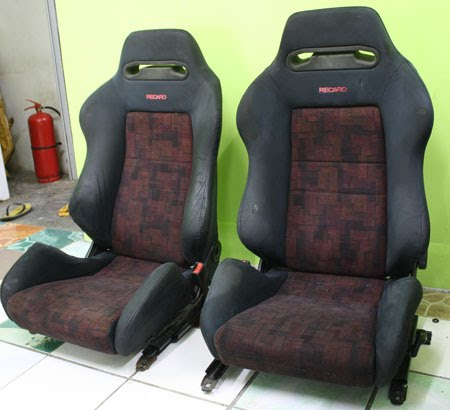 dingz garage 2 set seat recaro evo 4 complete. Black Bedroom Furniture Sets. Home Design Ideas