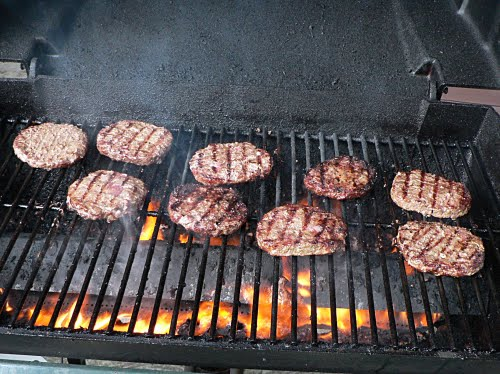 Barbeque Safely to Prevent Homeowners Insurance Claims