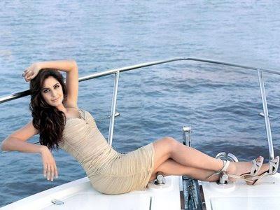 http://4.bp.blogspot.com/_lWnJEx1aTgA/SfIuT0DgRuI/AAAAAAAABJY/MLEsr3_5o5U/s400/Katrina+kaif+hot+image-16.jpg