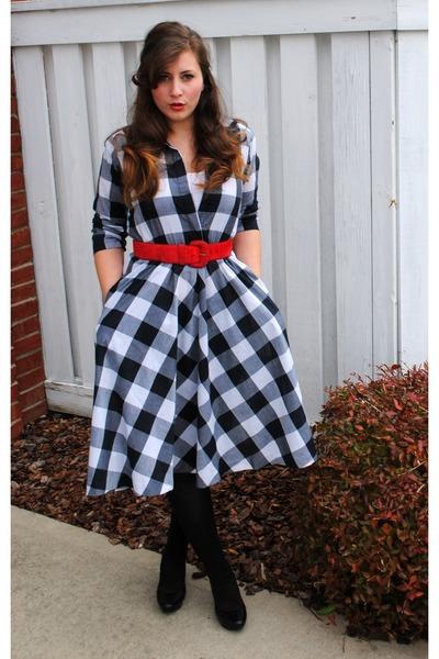 Vintage 50s dress look by littlemissthrifty vintage 50s carolina