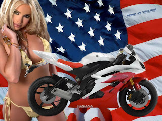 Free Motorcycle Hot Babe Wallpaper