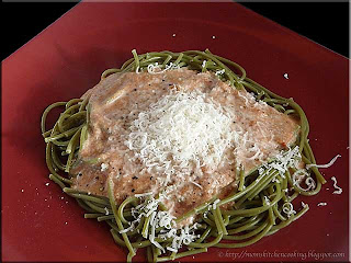 spinach pasta with blush sauce