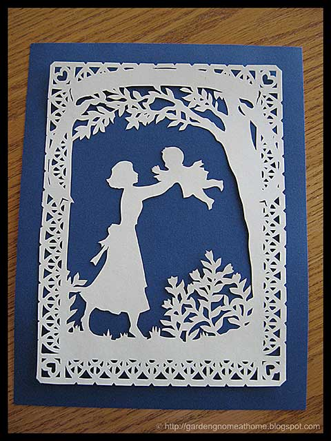 Scherenschnitte Christmas Patterns http://gardengnomeathome.blogspot.com/2010/11/scherenschnitte-german-paper-cutting.html