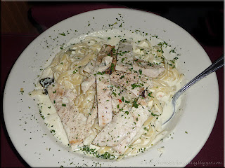 fettucini alfredo with chicken