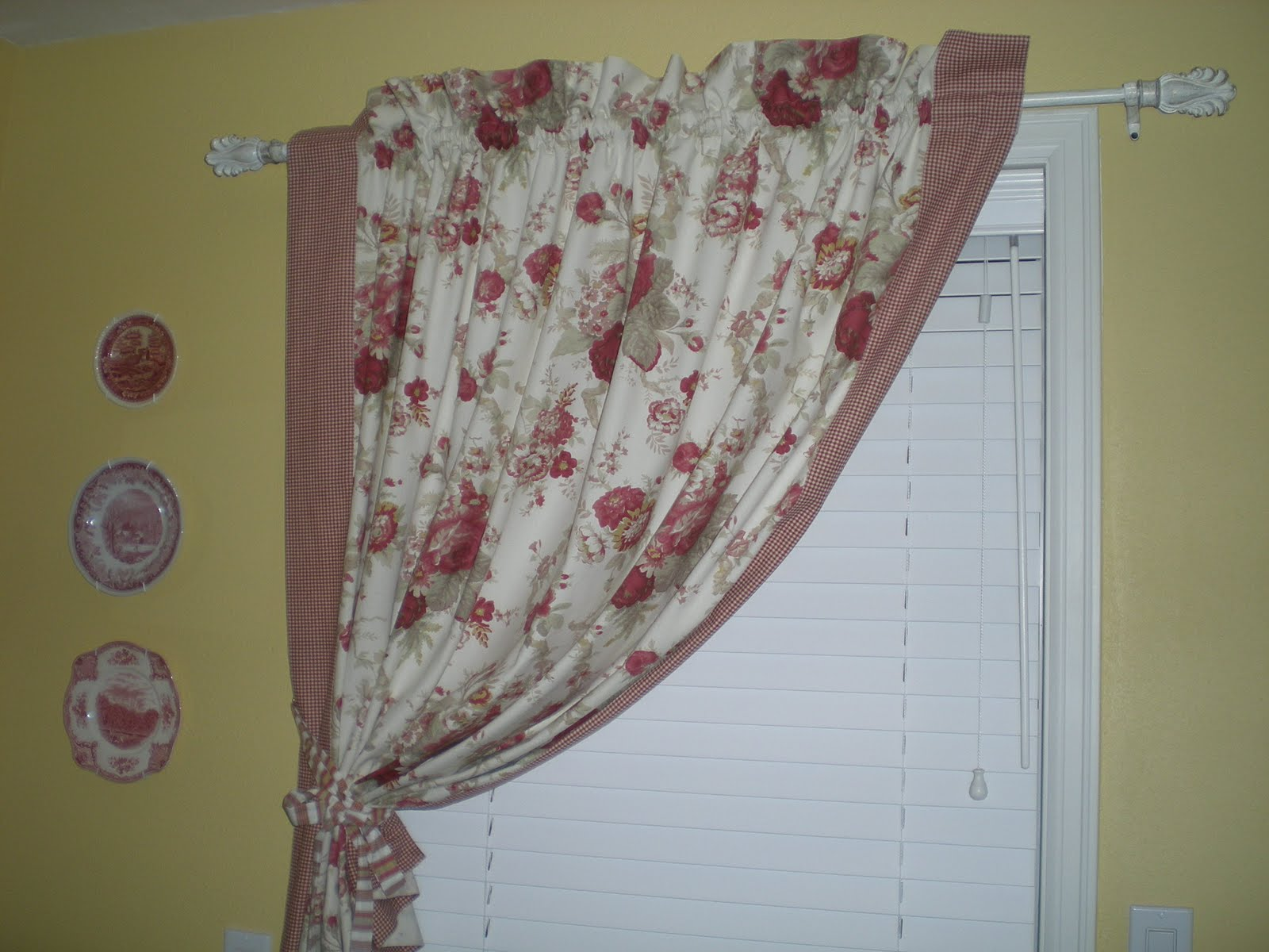 French country curtains waverly - French Country Curtains Love This Fabric Waverly Rose Print