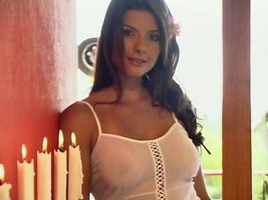 Carolina Cruz sin ropa