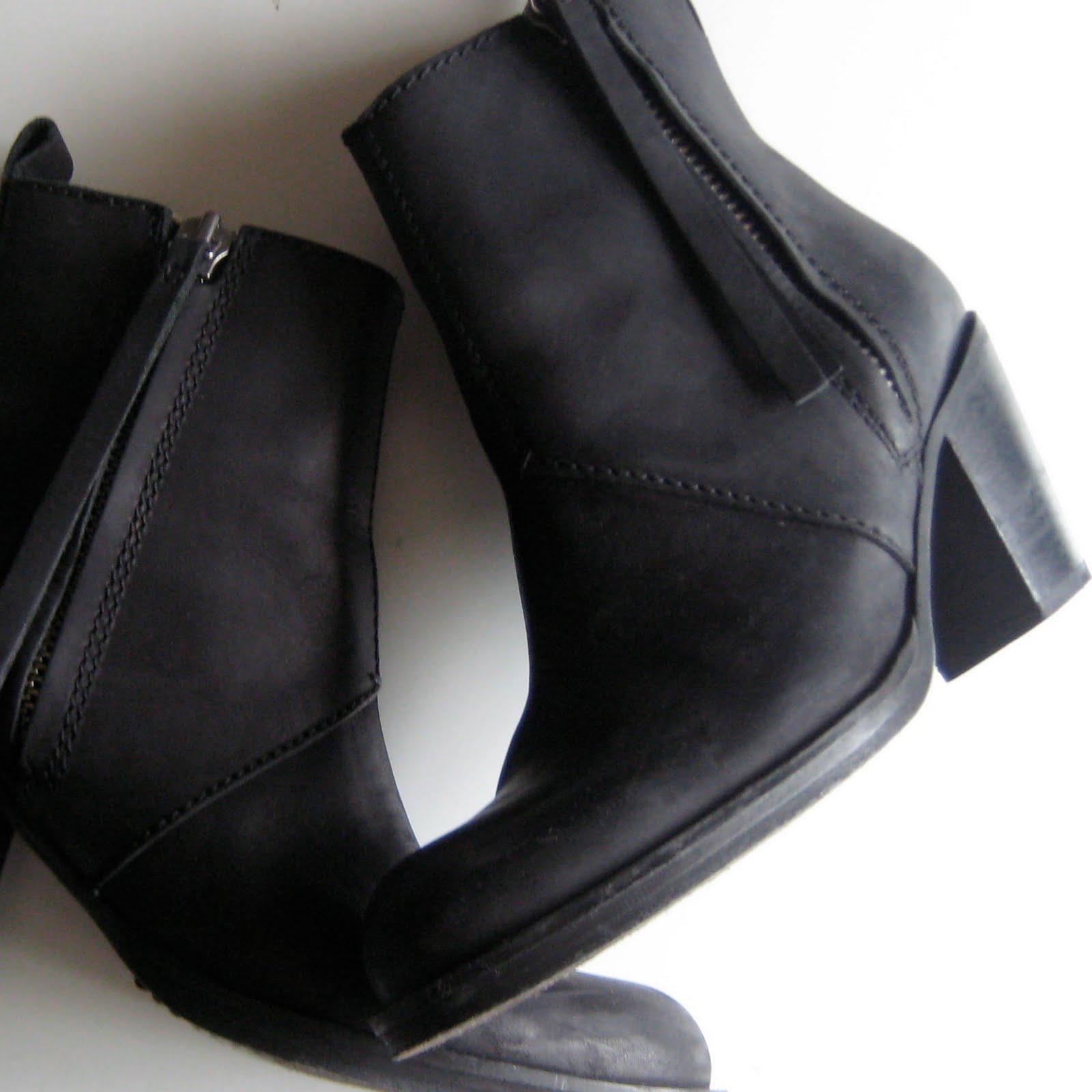 frankfurt fashion acne pistol boot short. Black Bedroom Furniture Sets. Home Design Ideas