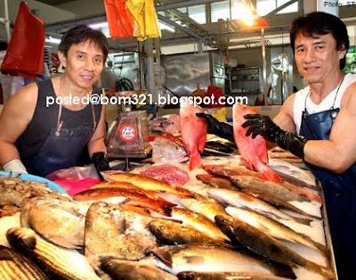 Jackie Chan is selling fish