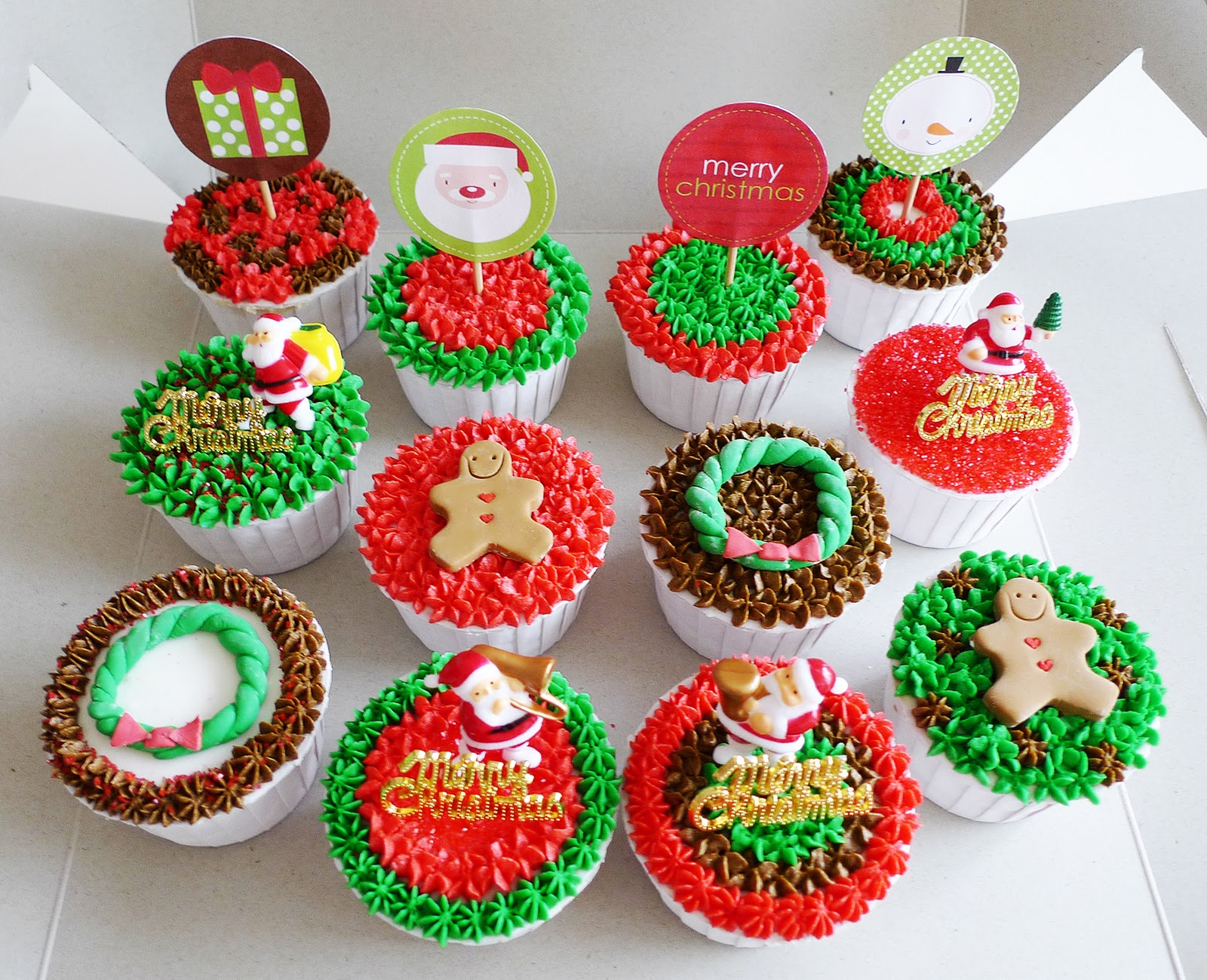 Christmas Cupcake Decorations : Christmas Designs! Cakes, cupcakes and other sweet ...