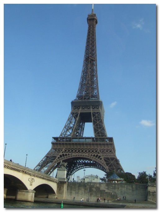 [the+eiffel+tower+from+the+seine+paris.jpg]