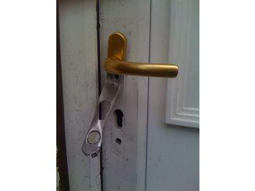 Security Anti Snap Bump Door Locks Sash Jammers