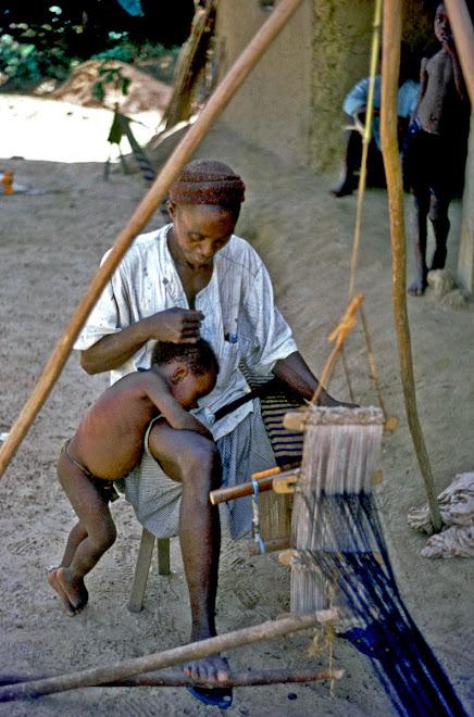 weaver at Gbenderoo (Nongowa)
