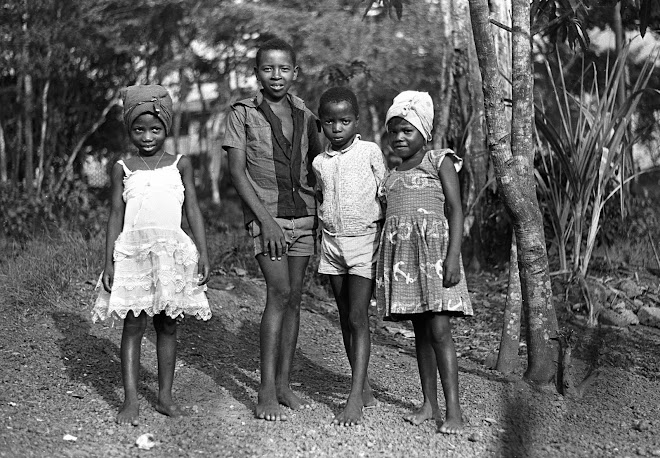 Massaquoi children - Dama Rd in Kenema