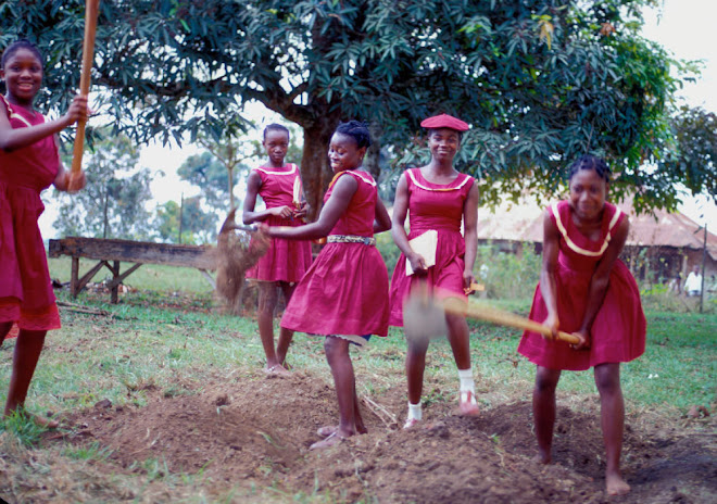 HRSS school garden: Josephine Murray, Agnes, Sabina Tucker, Elizabeth Karimu, and Princess Bundu