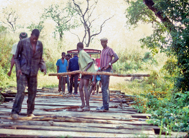 bridge on road from Kabala to Kurobonla - 1969 March