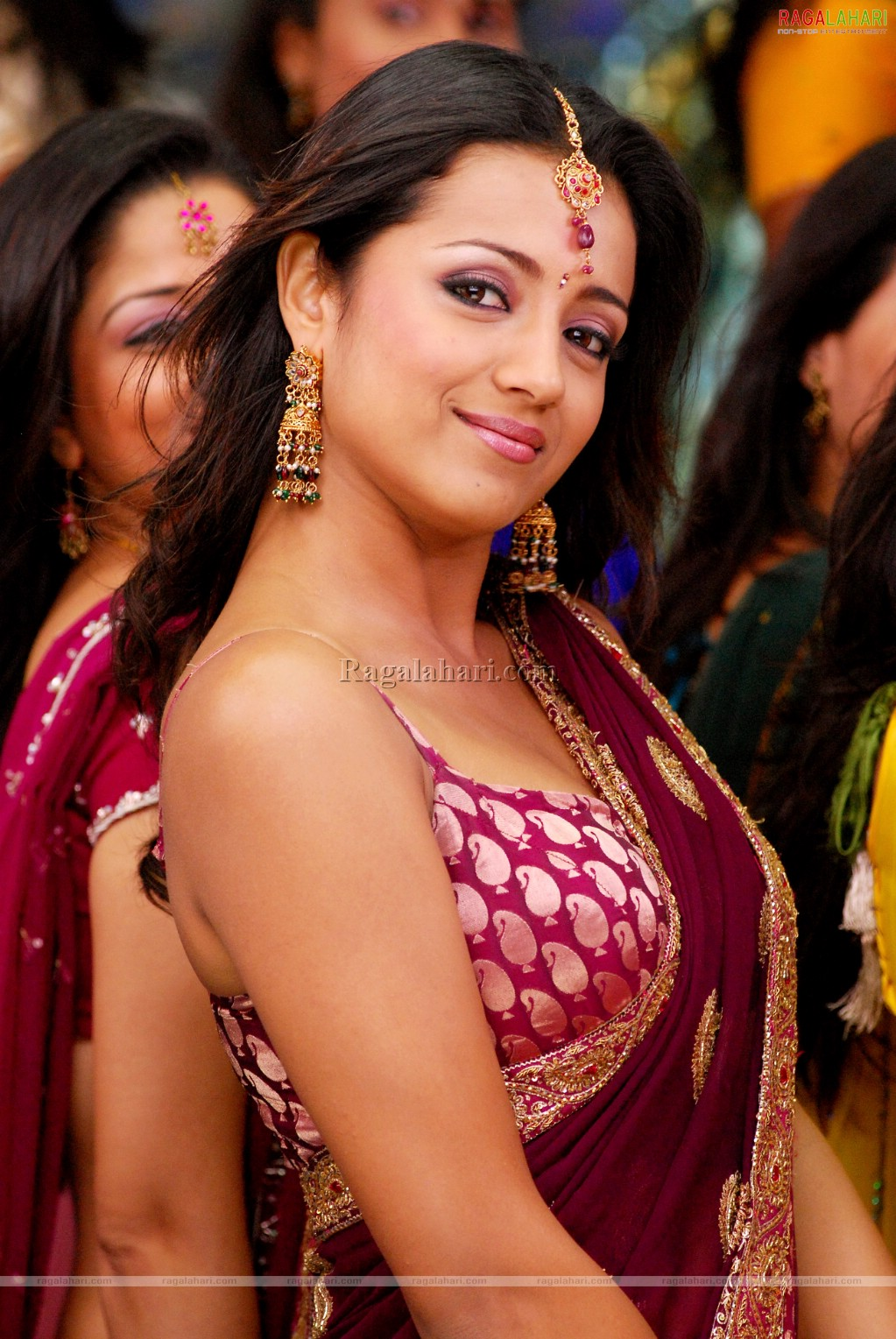 Spicy Tamil Actress Trisha Krishnan Hot N Hd No Download