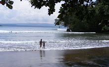 Pantai Di Batu Karas