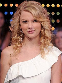 Taylor Swiftbirthday on Taylor Swift Planning For Her 21st Birthday