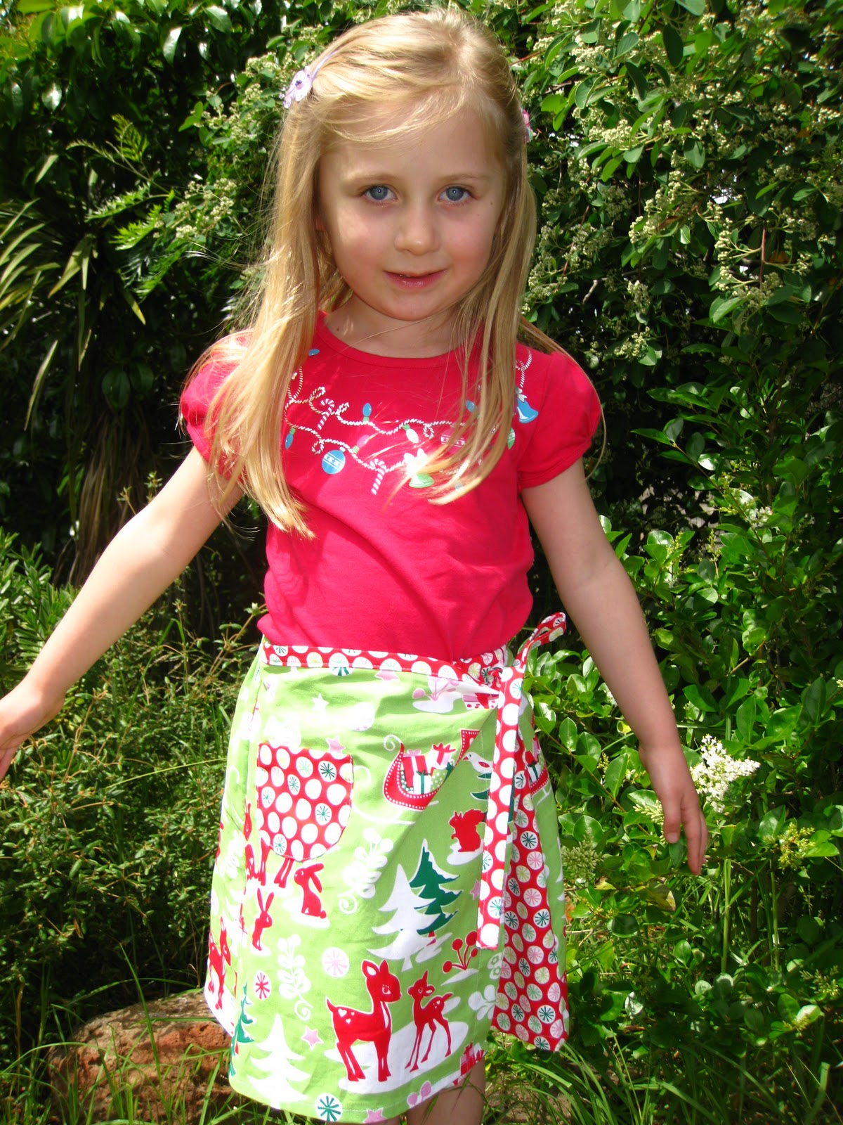 Handmade In A Beautiful Pea Green Boat: Christmas dresseslolly model