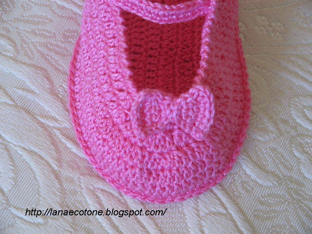 Schemi gratis scarpine per neonato alluncinetto e maglia for Lavori all uncinetto schemi gratis