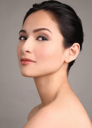 jennylyn mercado on laura mercier cosmetics product