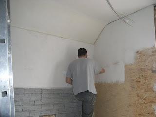 petit petit l 39 oiseau fait son nid la peinture des murs de la salle de bain. Black Bedroom Furniture Sets. Home Design Ideas