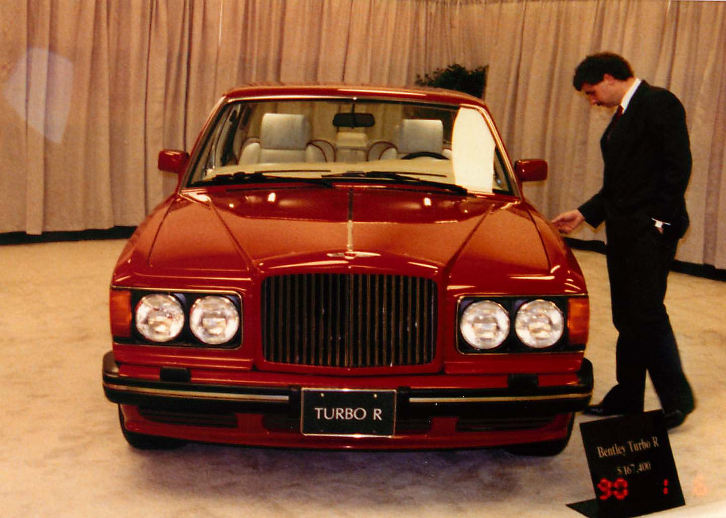 Tamerlane's Thoughts: 1990 Los Angeles Auto Show pictures on ford cars, chrysler cars, maybach cars, porsche cars, jaguar cars, rolls-royce cars, benz cars, hyundai cars, mercedes cars, audi cars, maserati cars, mg cars, mclaren cars, nissan cars, lamborghini cars, ferrari cars, aston martin cars, bmw cars, pontiac cars, volvo cars,