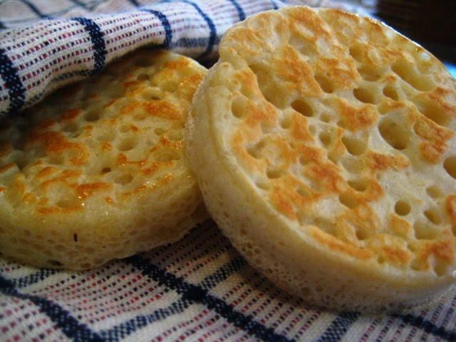 Lovely Wee Days: crumpets