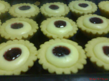 Strawberry / Blueberry Cheese Tart