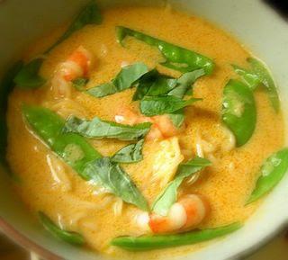 thai cuisine: Thai Red Curry Soup