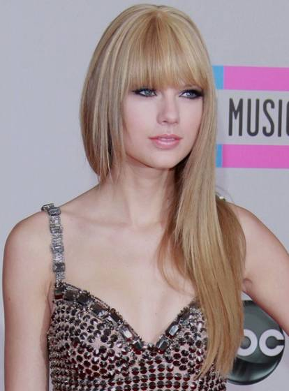 Taylor Swift Natural Hair, Long Hairstyle 2011, Hairstyle 2011, New Long Hairstyle 2011, Celebrity Long Hairstyles 2069