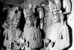 Tres Bodhisattvas