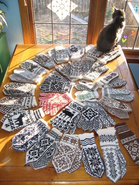 Knitting Pattern For Norwegian Mittens : carly waito: selbu mittens