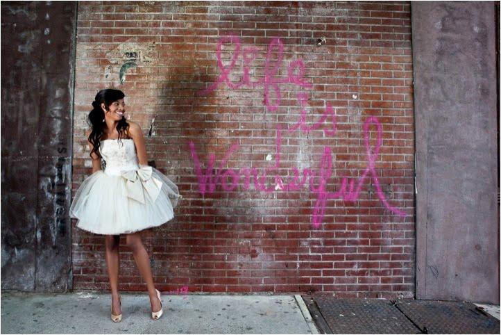 http://4.bp.blogspot.com/_lm3wofIaFJQ/TBdluJrGfuI/AAAAAAAACpI/QZHHcVRrqp8/s1024/nyc-meatpacking-nyc-bridal-fashion-editorial-1.jpg