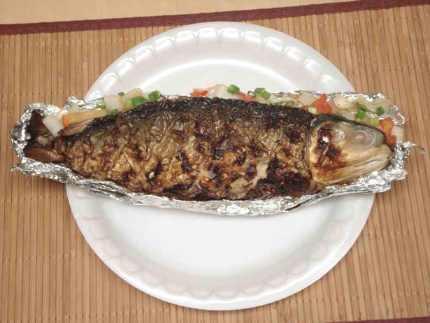 Roel 39 s kitchen secrets inihaw na bangus grilled stuffed for Boneless fish grill