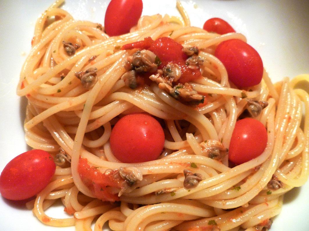 spaghetti con vongole e pomodorini | kucina di kiara: blog di ... - Come Cucinare Le Vongole Surgelate