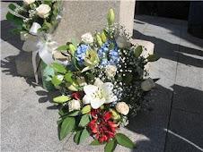Ofrenda realizada por la Asociación Amigos del Uruguay