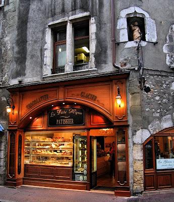 Le Péché Mignon, little sin, guilty pleasure, postsecret, secret, bakery, saint, france, french, chocolate, patissier, bakery, art