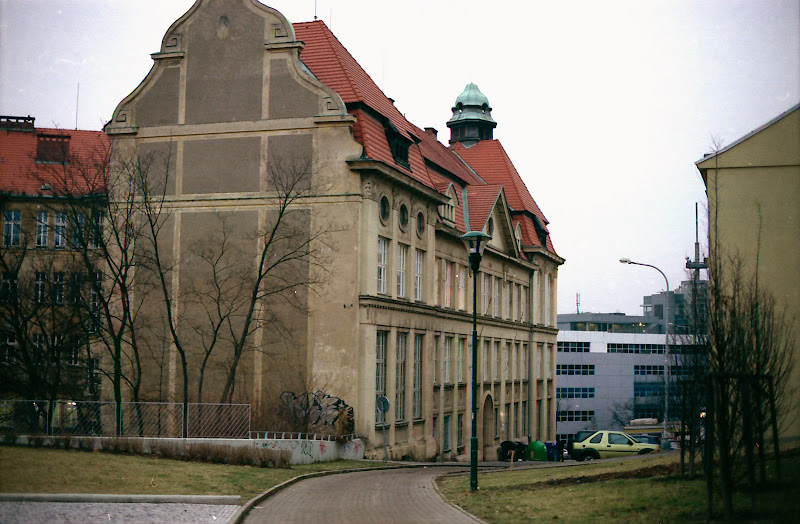 Na Zatlance high school, Prague