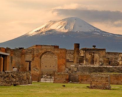 http://4.bp.blogspot.com/_lorFJuMgY_I/TAes5SmRo_I/AAAAAAAAAyg/8BG27FmQW7U/s1600/italy-pompeii.jpg