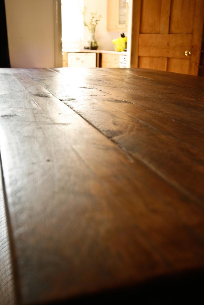 Homestead revival homemade furniture polish for Homestead furniture wax