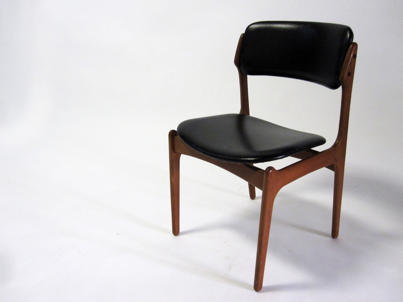 Modern dining chair 4 black dining chairs 100 modern for Modern dining chairs australia