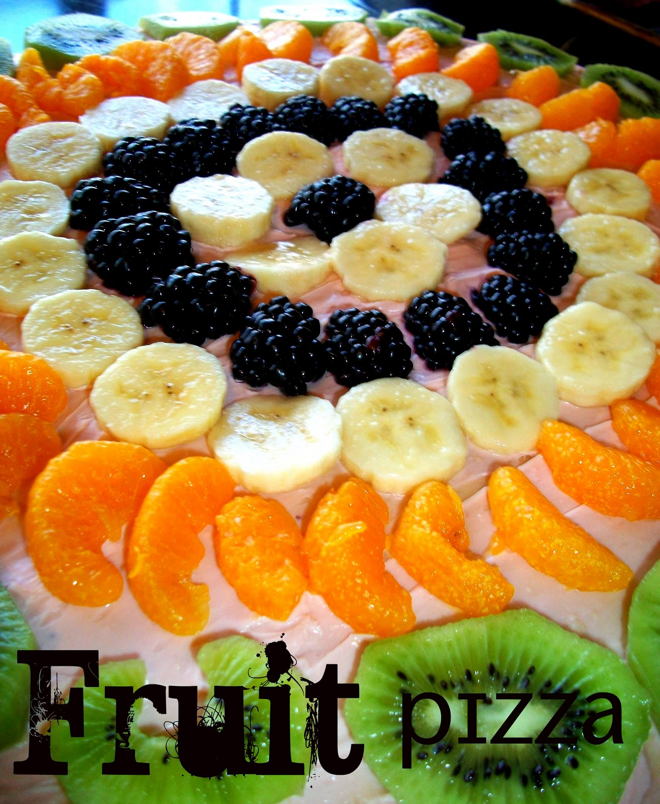 fruit girl healthy fruit pizza