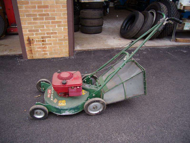 Idler Pulley For Encore 363169 p 4213 furthermore Dynamark Riding Lawn Mower Wiring Diagrams moreover Zero Turn Mowers as well Dixie Chopper Husqvarna Echo Gravely Lawn Mowers Parts also Country Clipper Introduced At Gieexpo 2015 Country Clipper Boulevard Zero Turn Mower. on encore commercial mowers