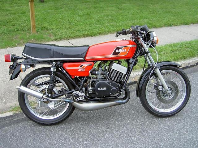 Extreme Machines Yamaha Rd400