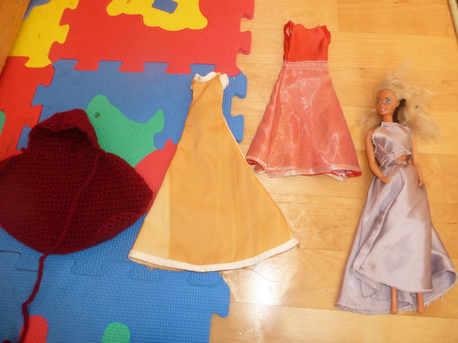 Bee Work: Puschen, Puppe Mimi, Handpuppe, Barbiekleidung