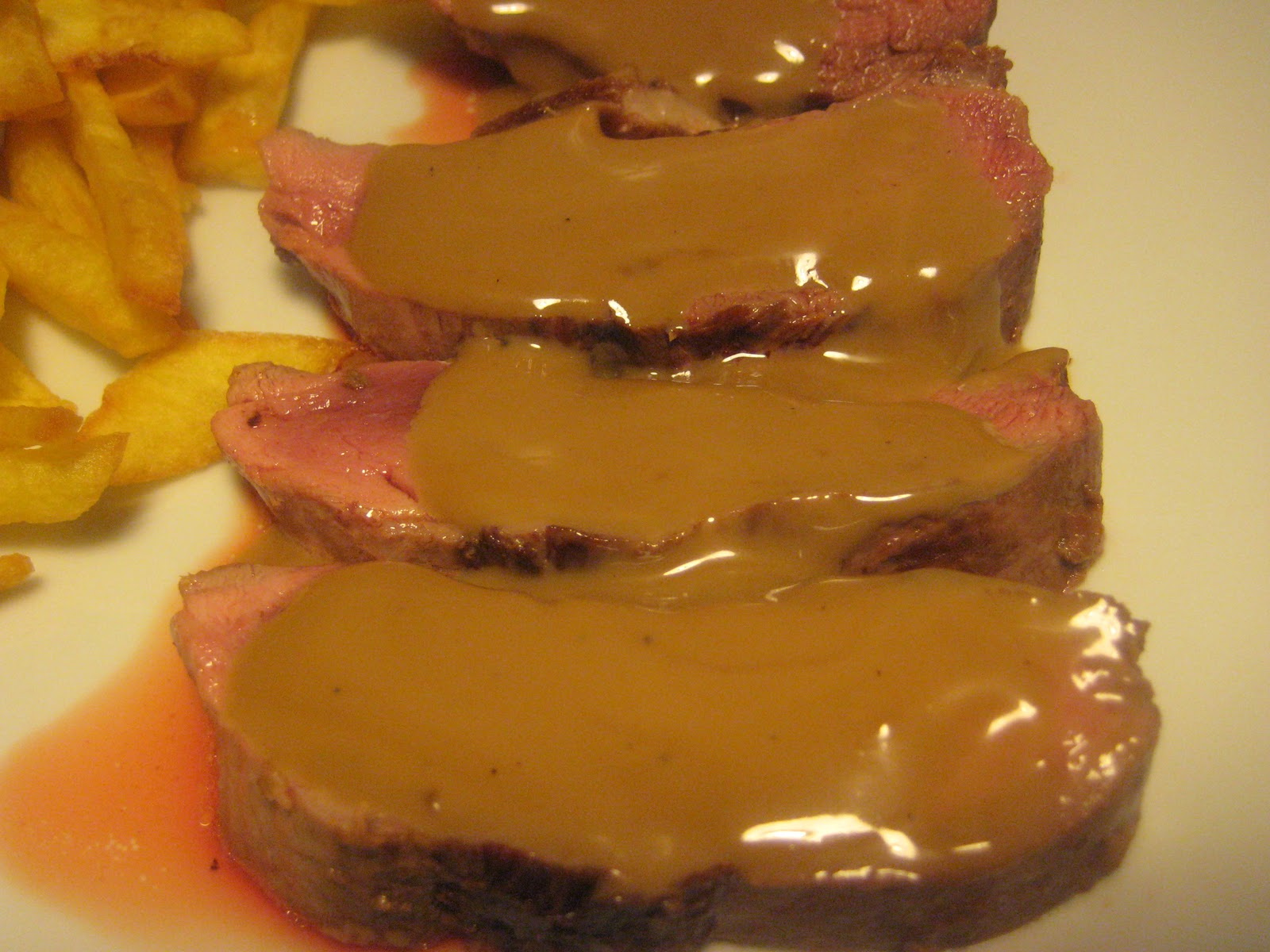 De mi cocina magret de pato con salsa al vino m laga for Mi cocina malaga
