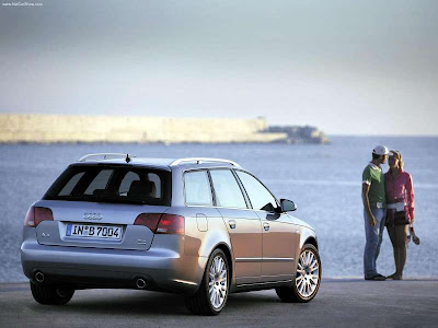 Audi introduced a redesigned A4 in late 2004,