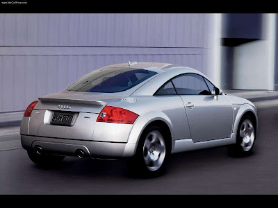 Audi TT Coupe 1.8T Audi TT The production model was launched as a coupé in