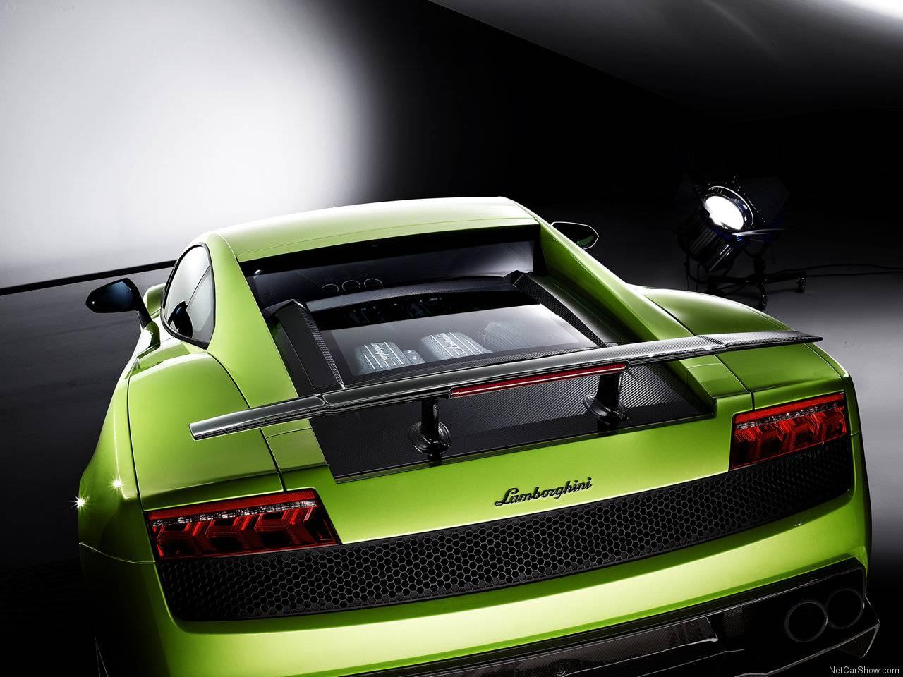 http://4.bp.blogspot.com/_lsyt_wQ2awY/TDiorLRV6vI/AAAAAAAB8_c/fkdLPvIpp6Q/s1600/Lamborghini-Gallardo_LP570-4_Superleggera_2011_1280x960_wallpaper_09.jpg